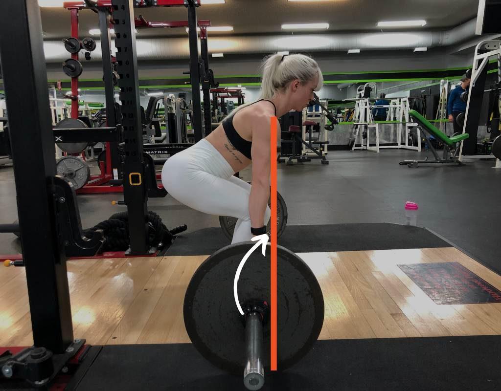 Правильная техника выполнения становой тяги сумо.