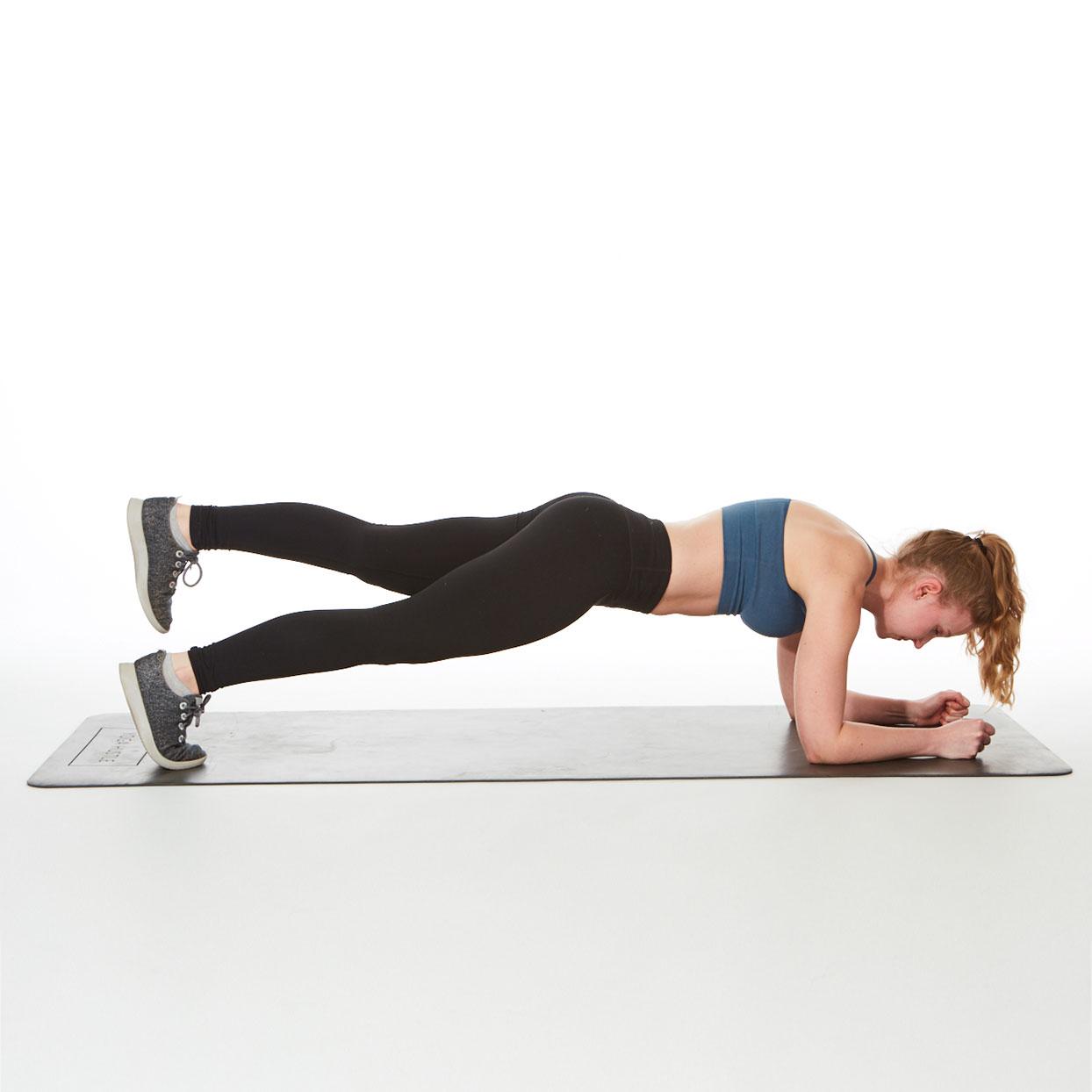 Правильная техника выполнения упражнения планка.